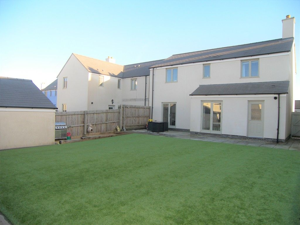 4 bed house for sale in Heathland Way, Llandarcy  - Property Image 22