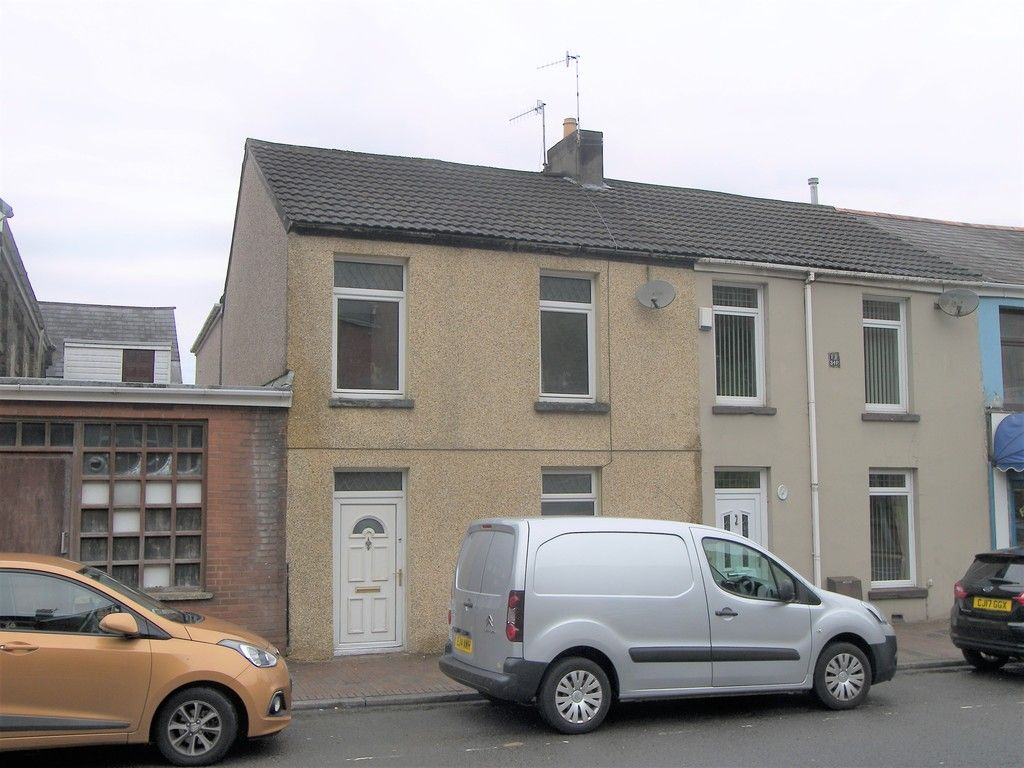 3 bed house for sale in Neath Road, Briton Ferry, Neath - Property Image 1