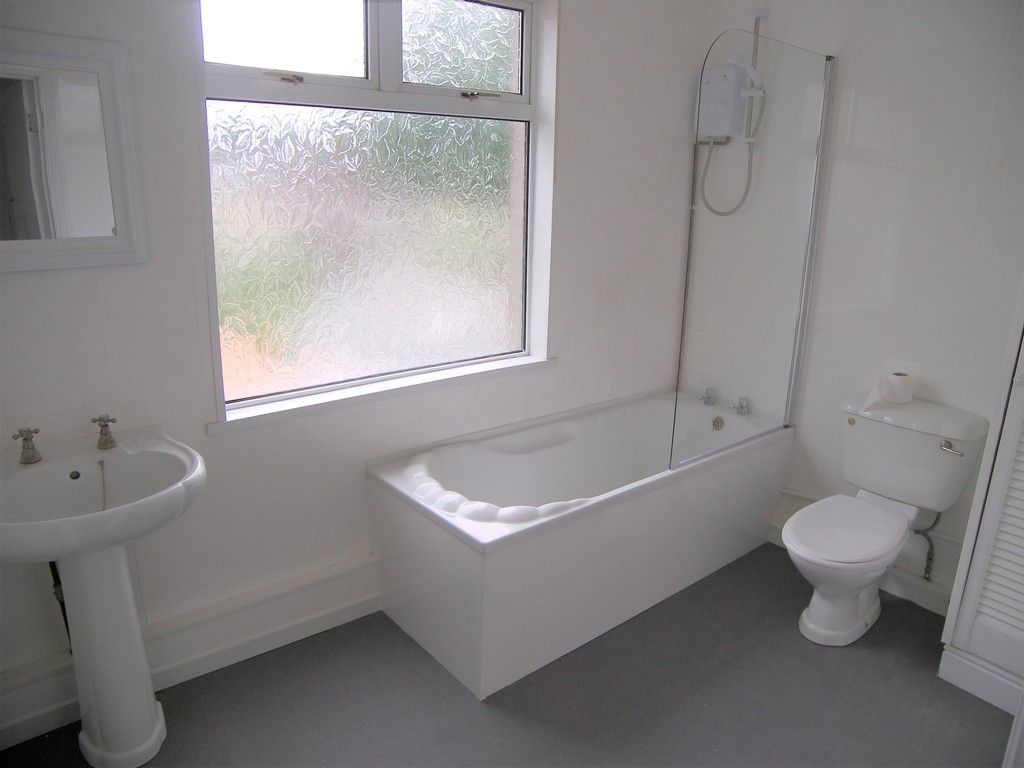 3 bed house for sale in Neath Road, Briton Ferry, Neath  - Property Image 11