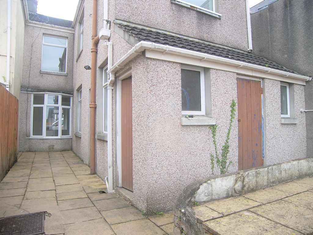 3 bed house for sale in Neath Road, Briton Ferry, Neath 13