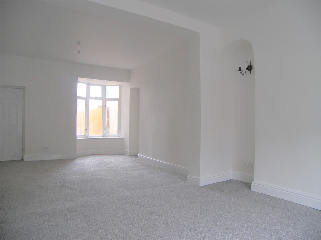 3 bed house for sale in Neath Road, Briton Ferry, Neath  - Property Image 4