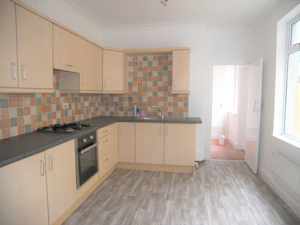 3 bed house for sale in Neath Road, Briton Ferry, Neath 5