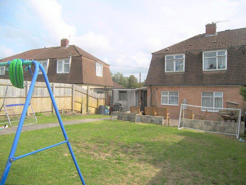 3 bed house for sale in Roman Way, Neath 16