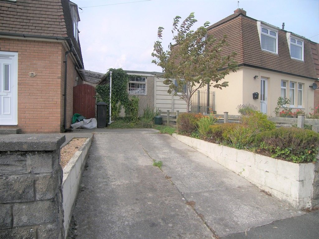 3 bed house for sale in Roman Way, Neath 18