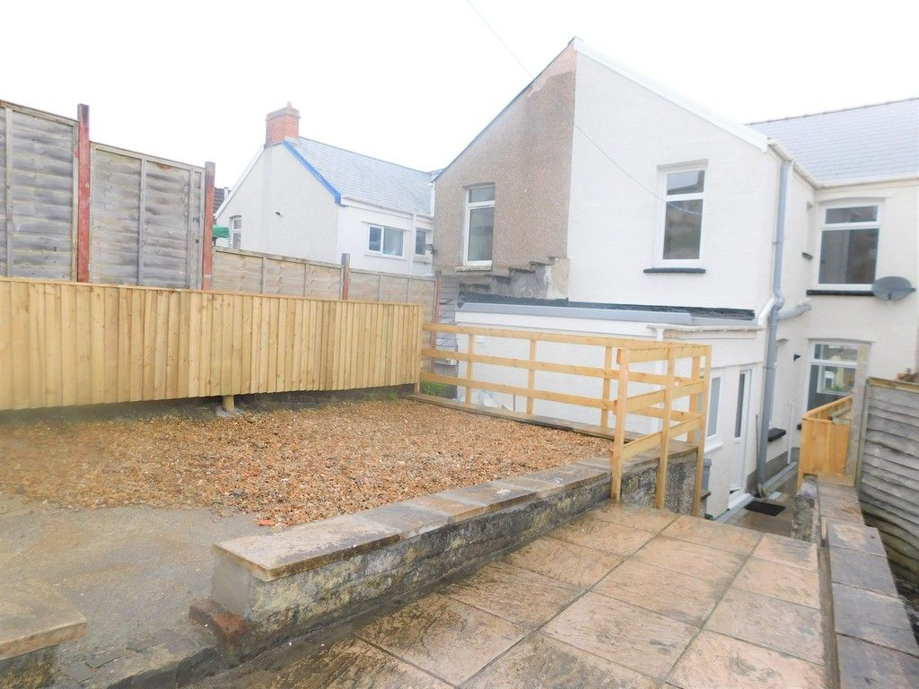 3 bed house for sale in Llantwit Road, Neath  - Property Image 16