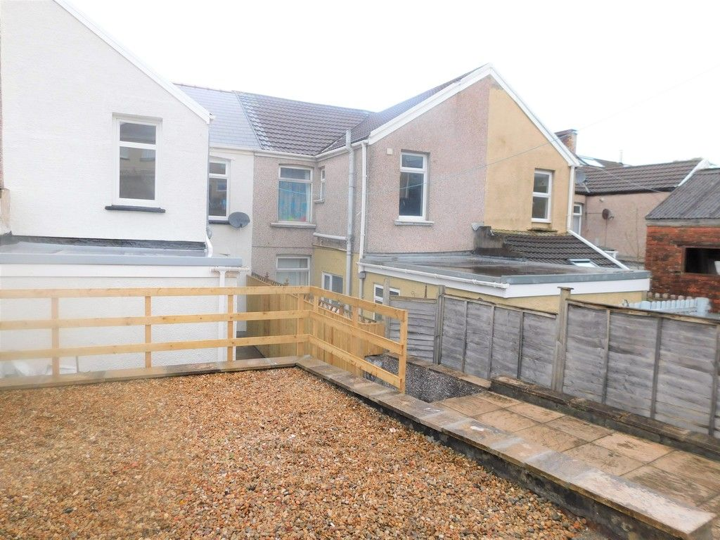 3 bed house for sale in Llantwit Road, Neath  - Property Image 17