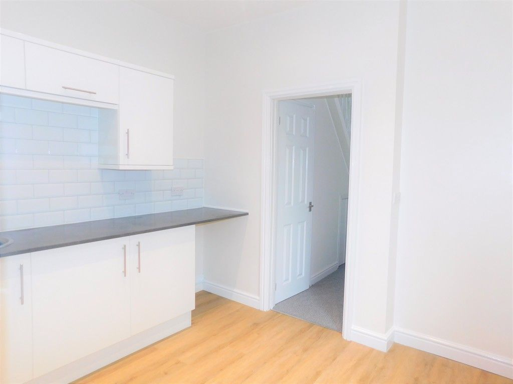 3 bed house for sale in Llantwit Road, Neath 4