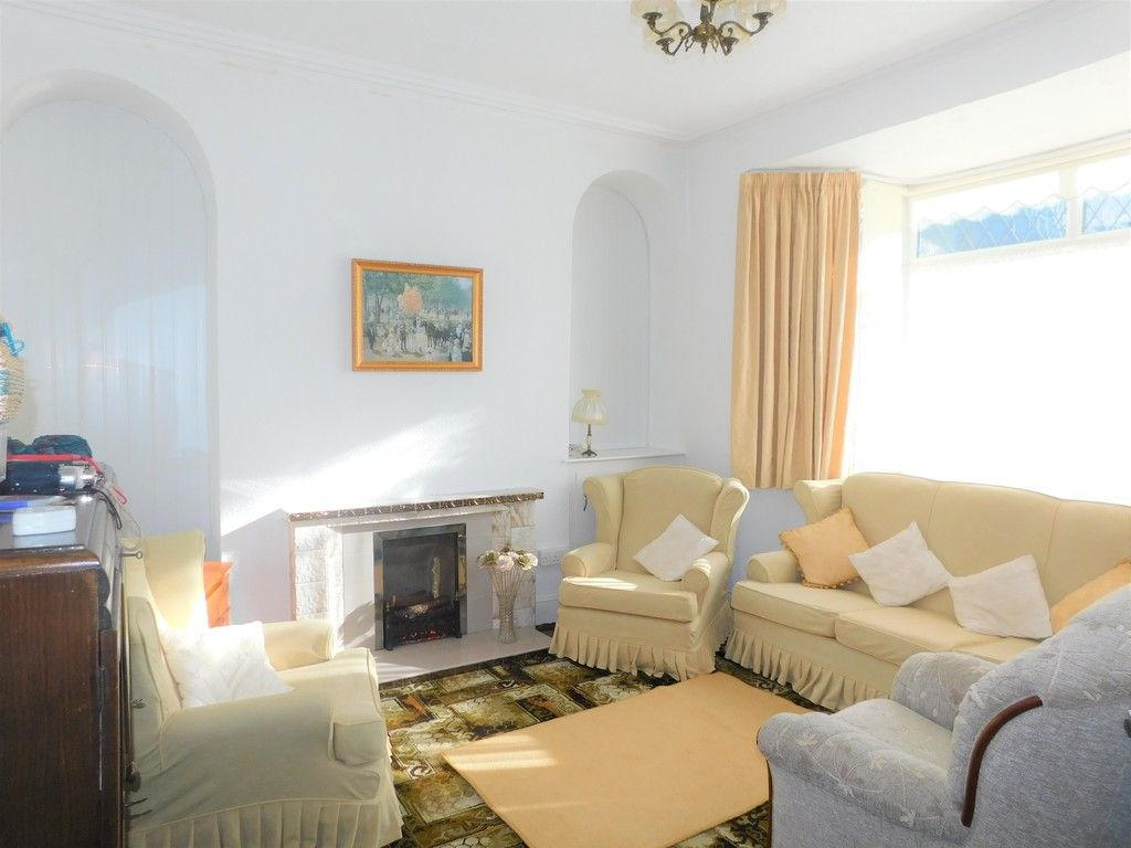 5 bed house for sale in Gnoll Park Road, Neath  - Property Image 2