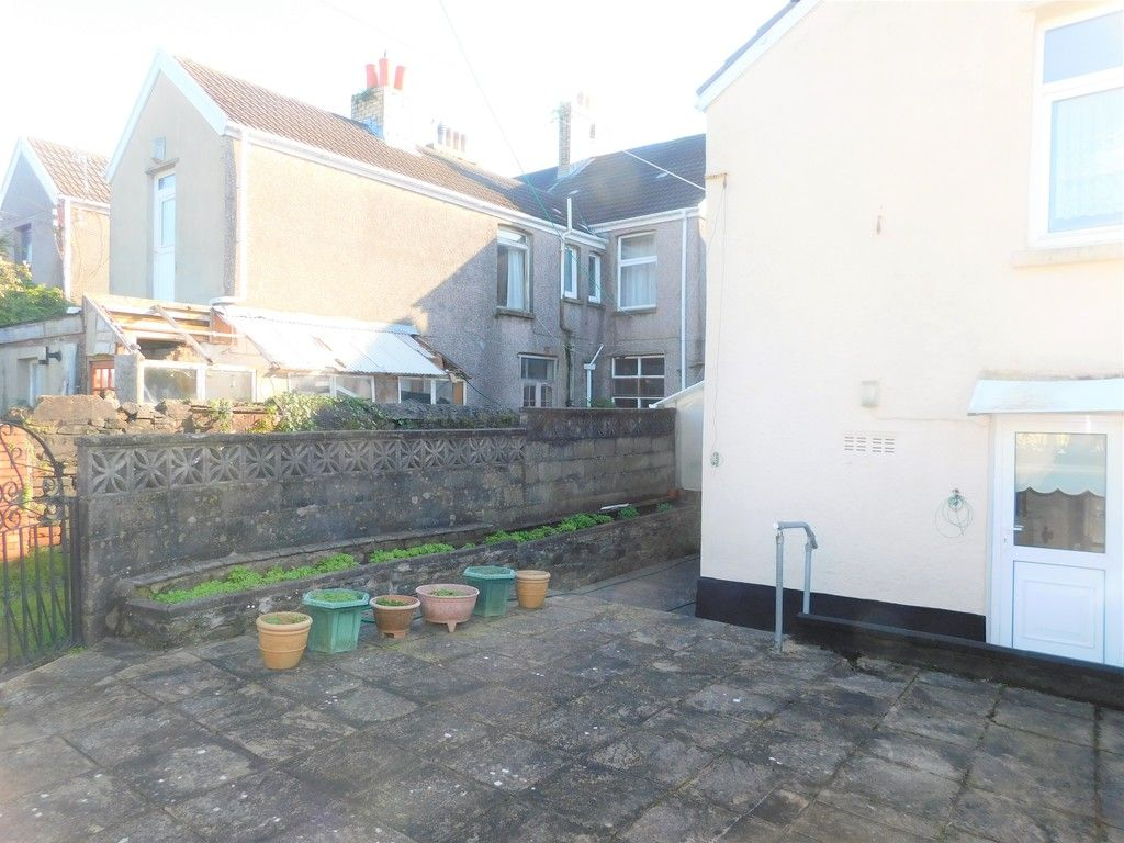 5 bed house for sale in Gnoll Park Road, Neath  - Property Image 14