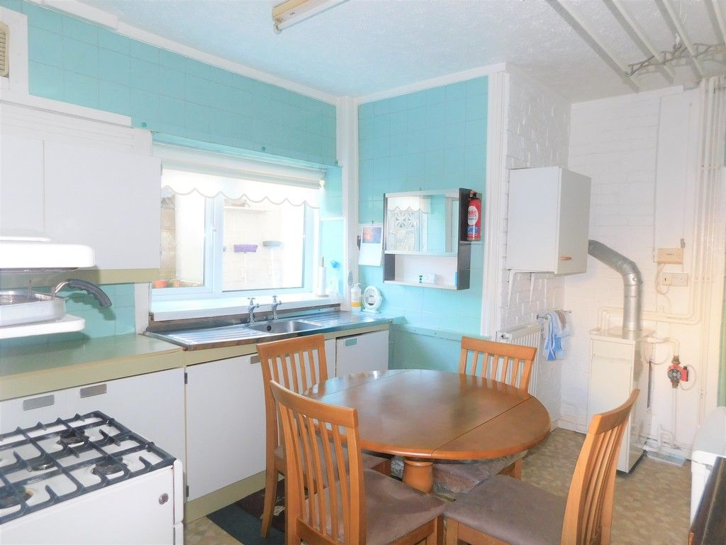 5 bed house for sale in Gnoll Park Road, Neath 5