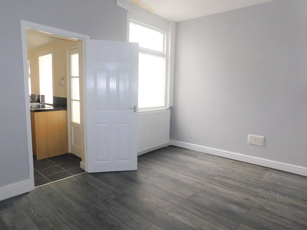 3 bed house for sale in Alice Street, Neath  - Property Image 3