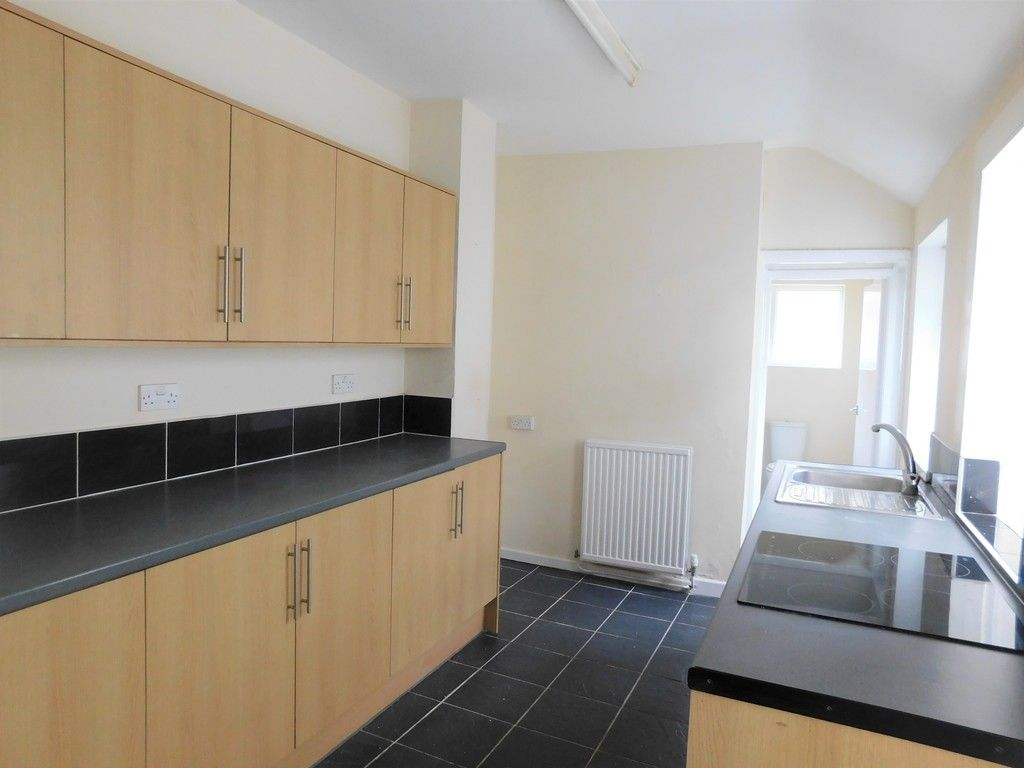 3 bed house for sale in Alice Street, Neath 6