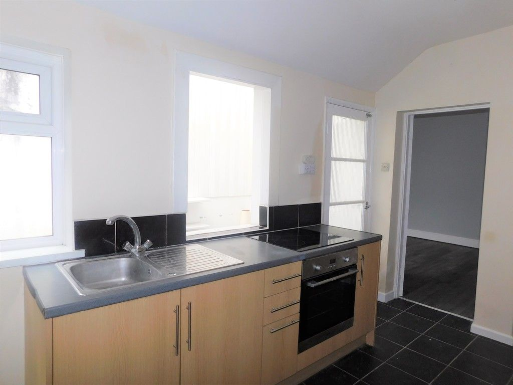3 bed house for sale in Alice Street, Neath 7