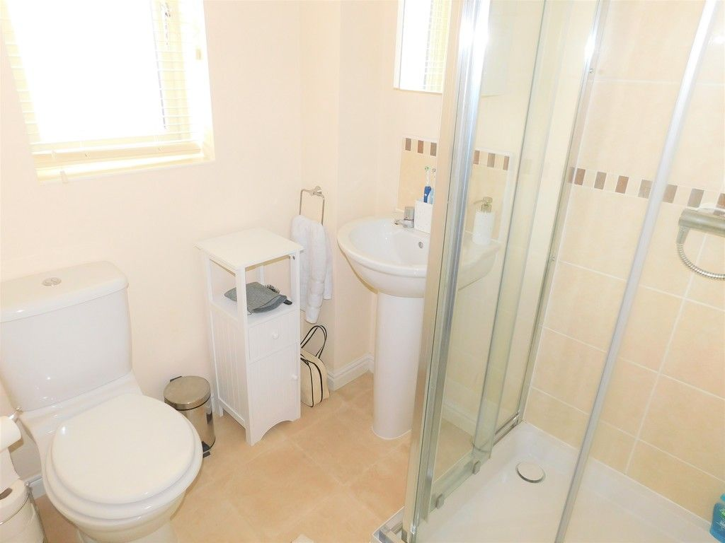 4 bed house for sale in Pen Y Graig, Llandarcy, Neath 12