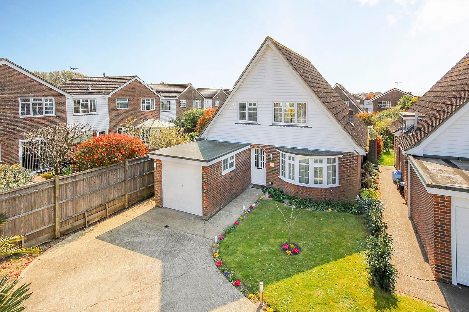 3 bed house for sale in Woodlands Close (COMP AUG 19)  - Property Image 1