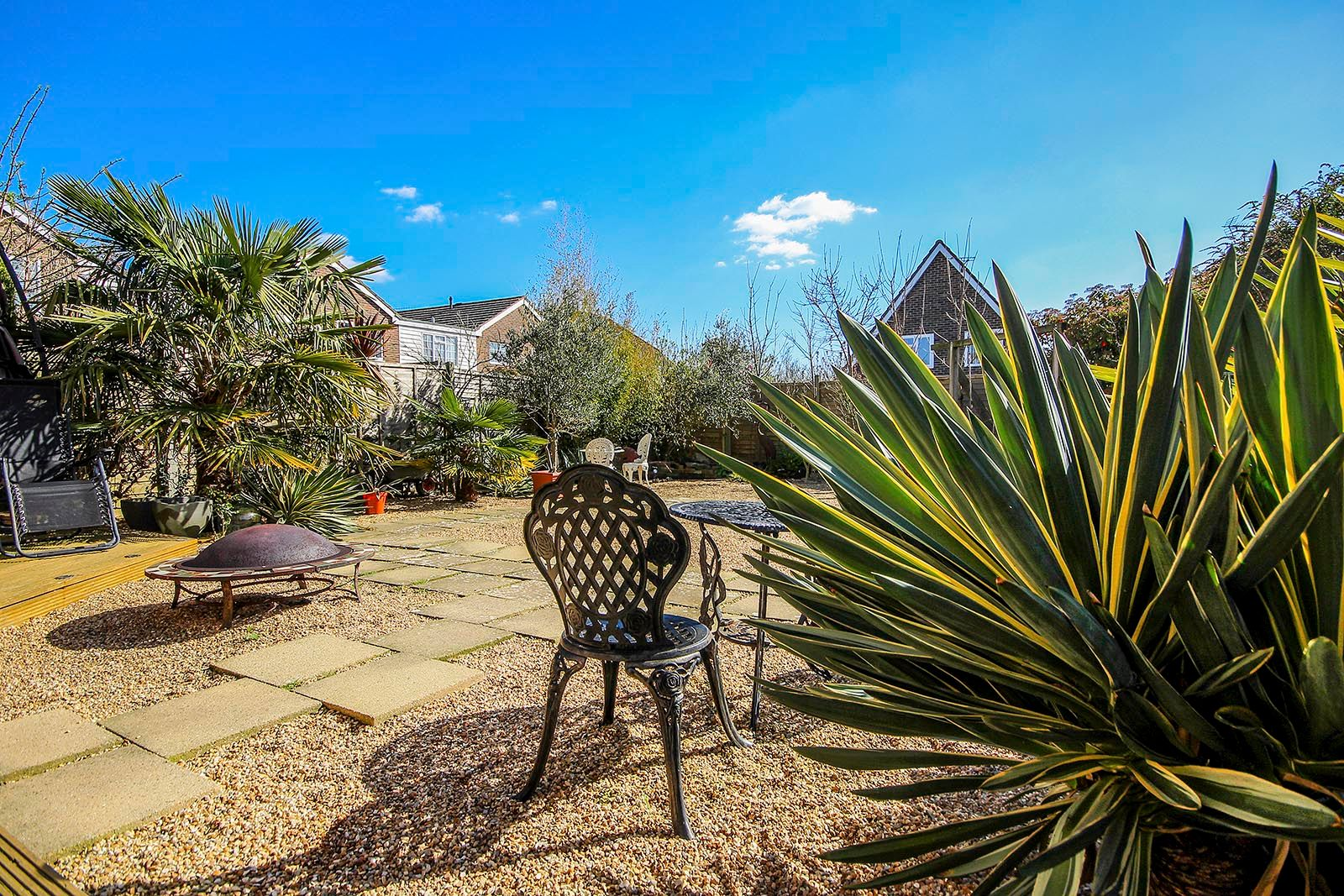 3 bed house for sale in Woodlands Close (COMP AUG 19) 2