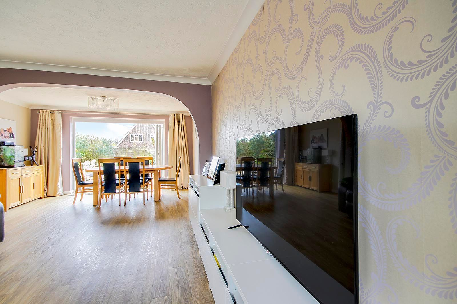 3 bed house for sale in Woodlands Close (COMP AUG 19) 11