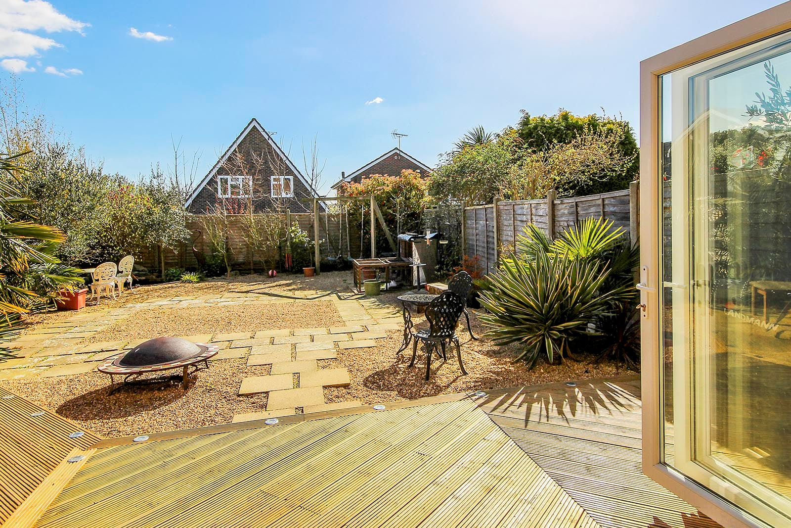 3 bed house for sale in Woodlands Close (COMP AUG 19) 18