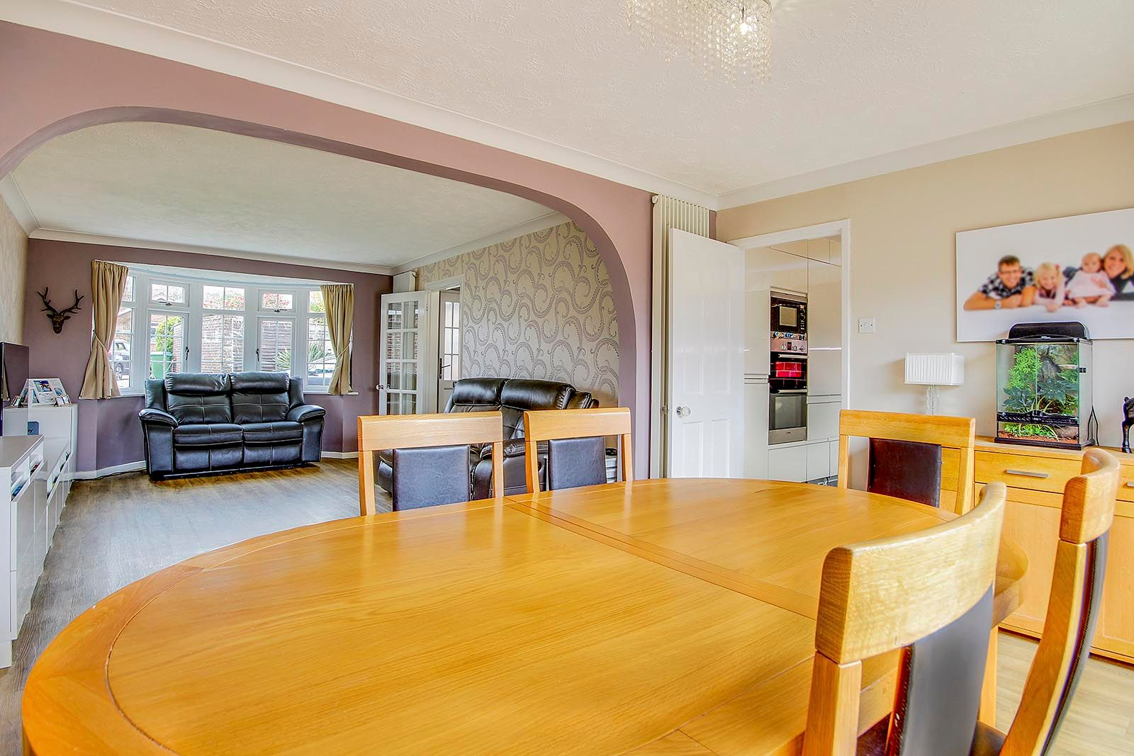 3 bed house for sale in Woodlands Close (COMP AUG 19)  - Property Image 4
