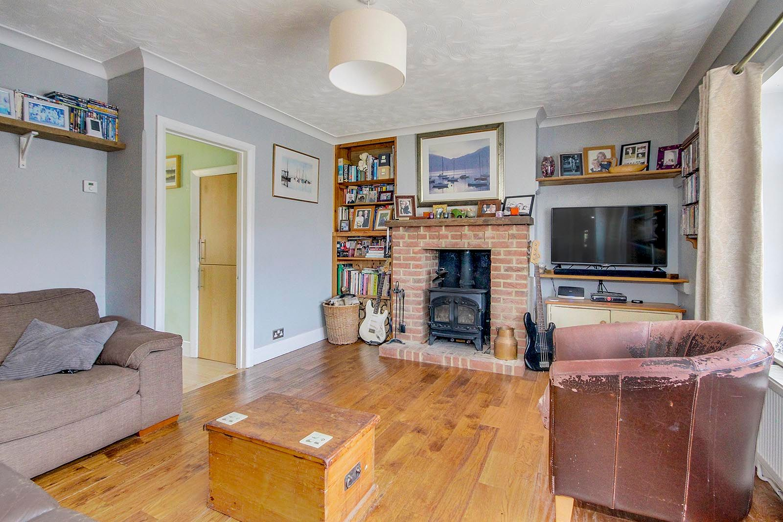 3 bed house for sale in Clapham Common 2