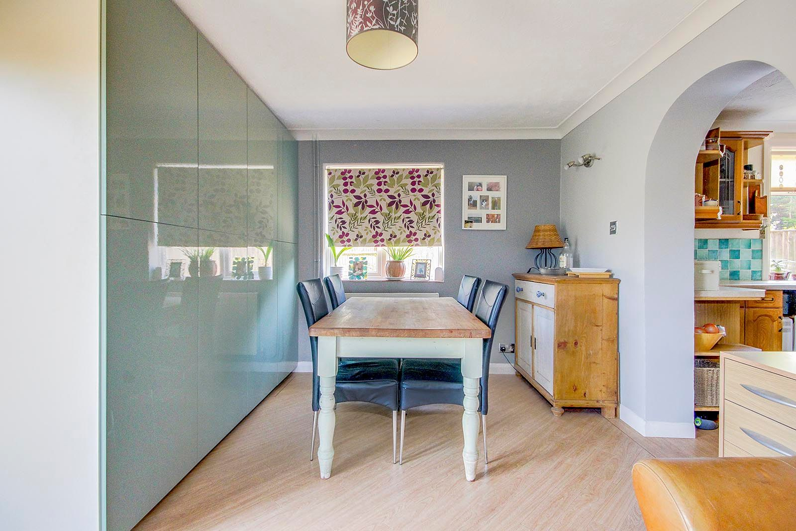 3 bed house for sale in Clapham Common 4