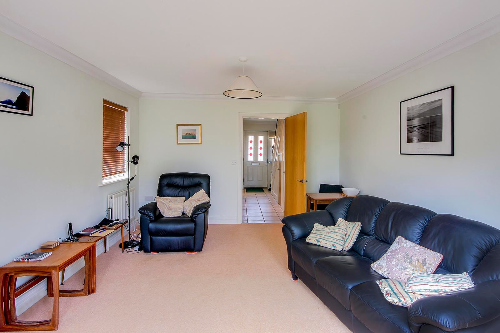 2 bed house for sale in Oakwood Drive 3