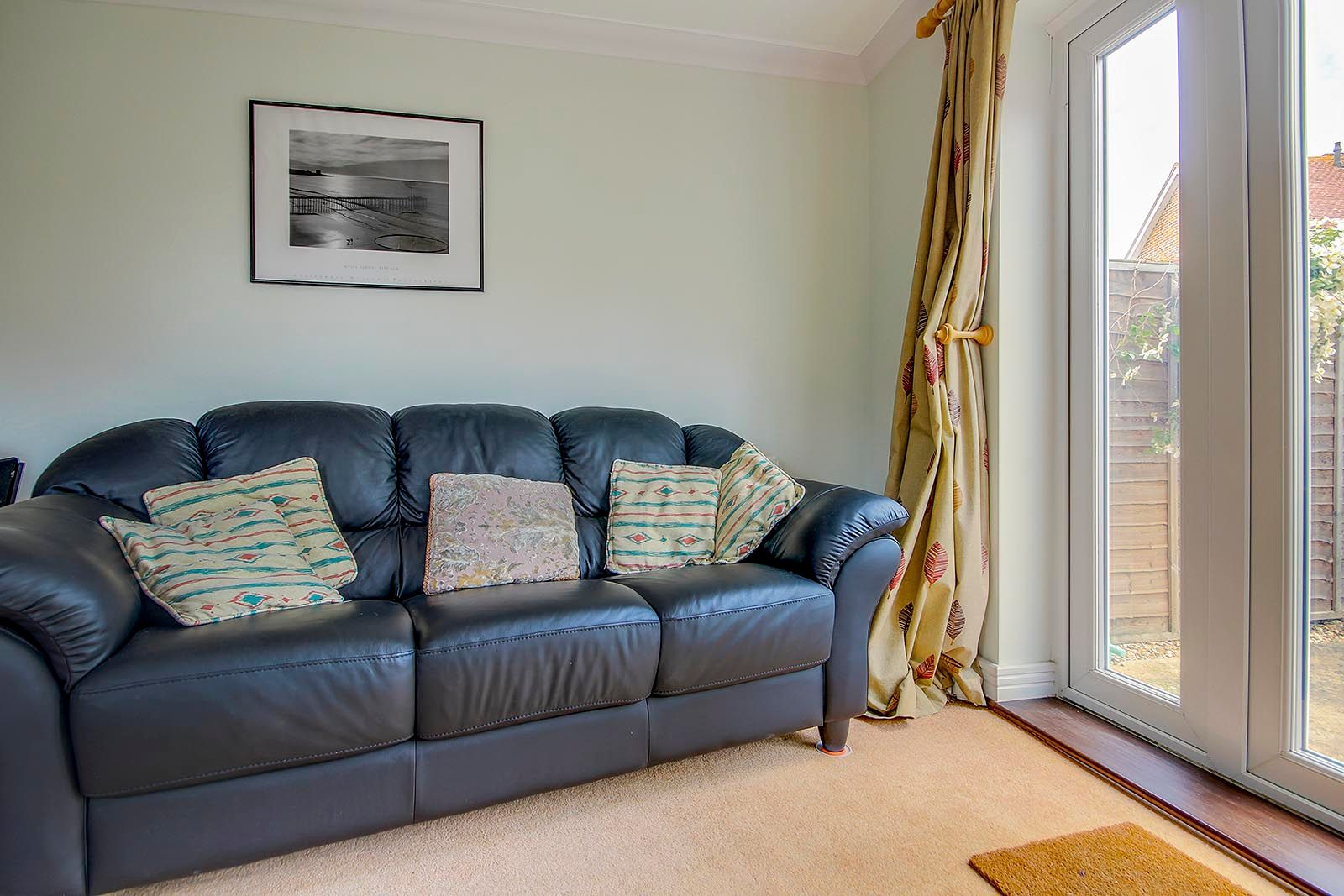 2 bed house for sale in Oakwood Drive 10