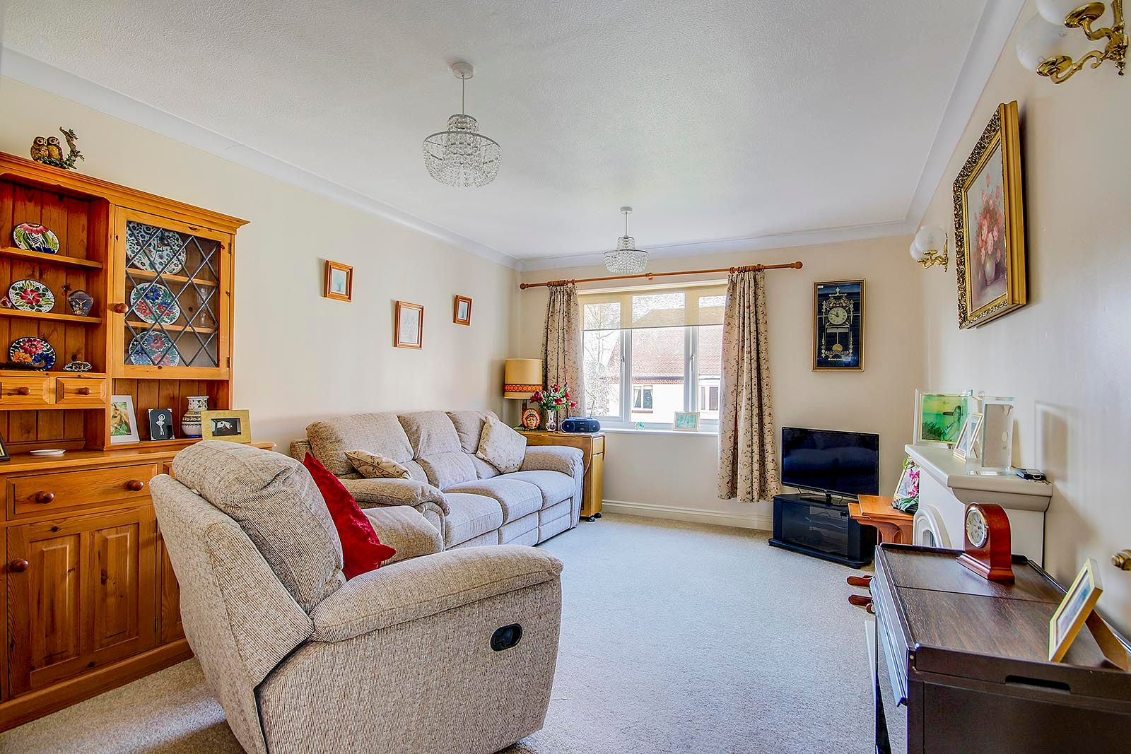 1 bed  for sale in Arundel Road  - Property Image 2