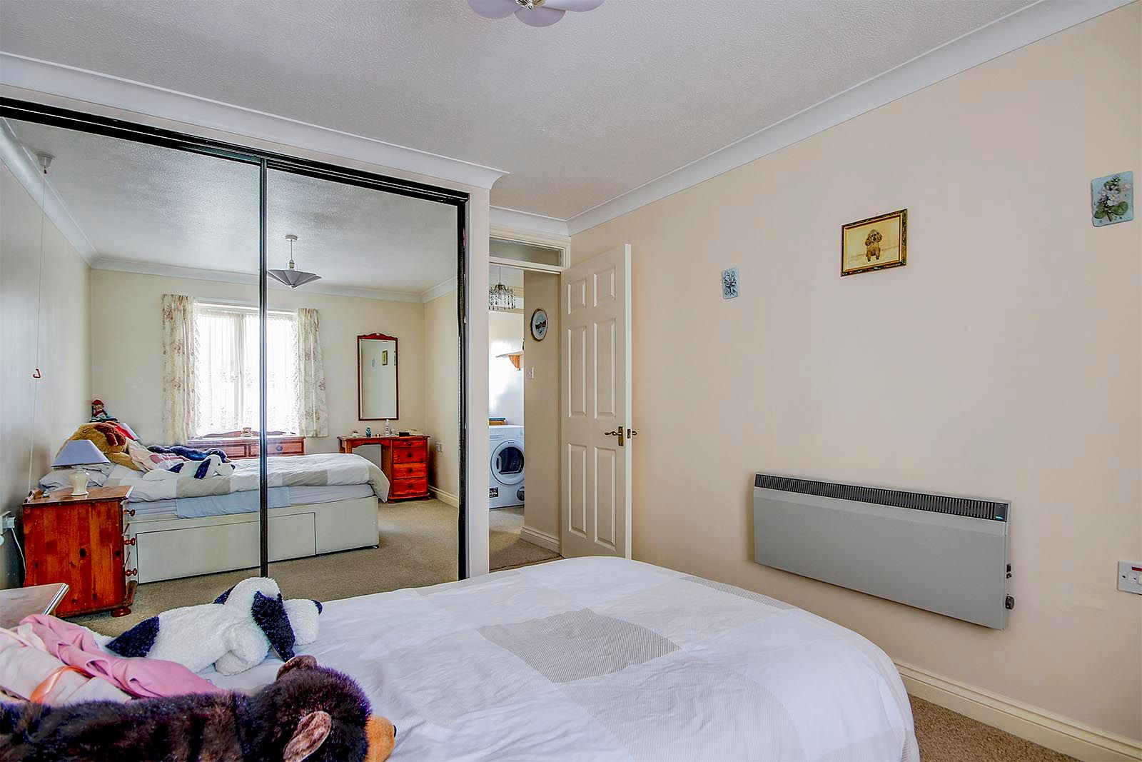1 bed  for sale in Arundel Road 8