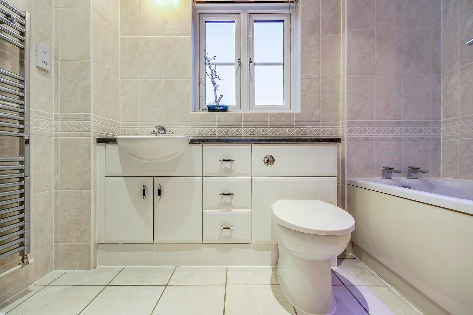 4 bed house for sale in Lucksfield Way  - Property Image 14