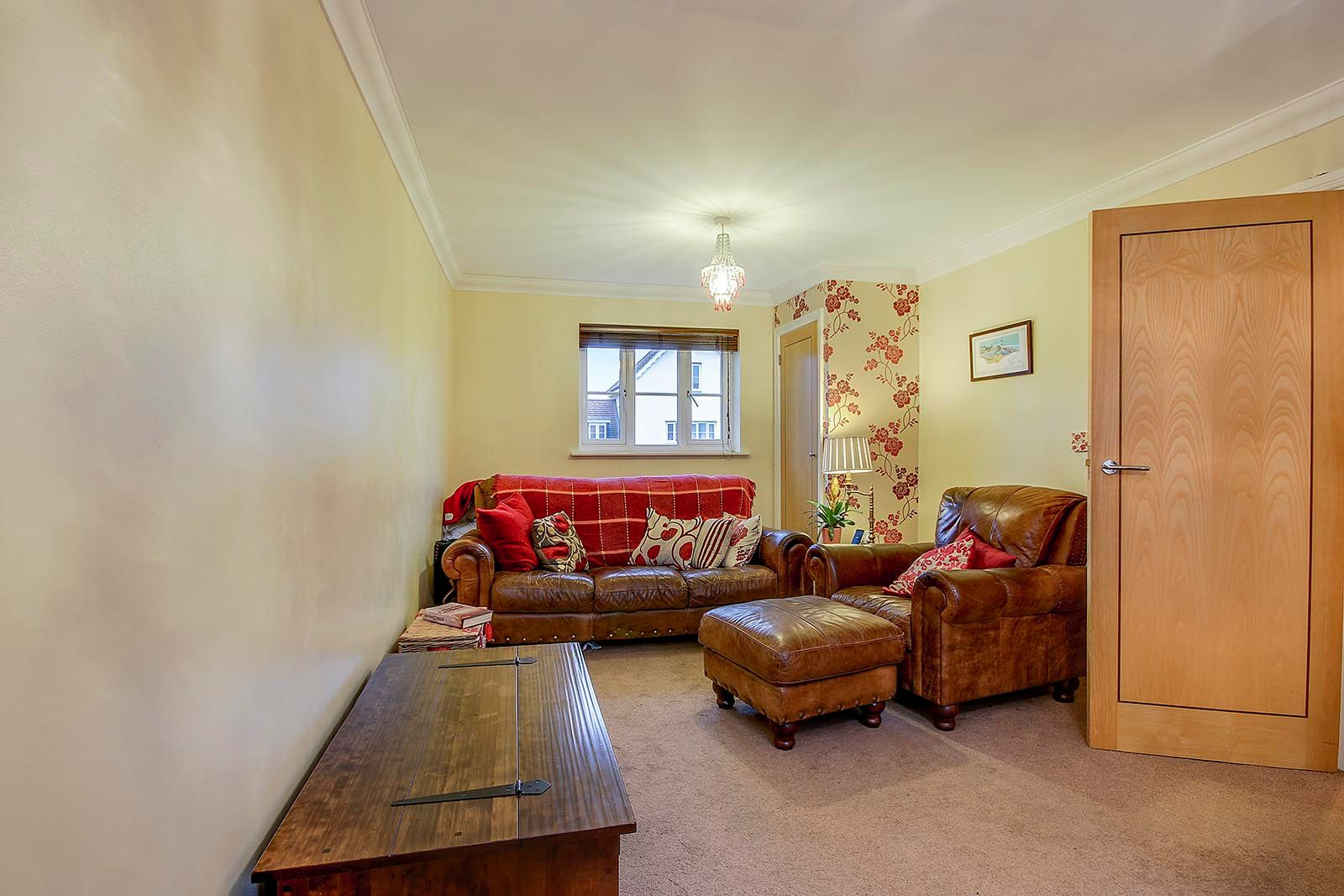 4 bed house for sale in Lucksfield Way  - Property Image 3