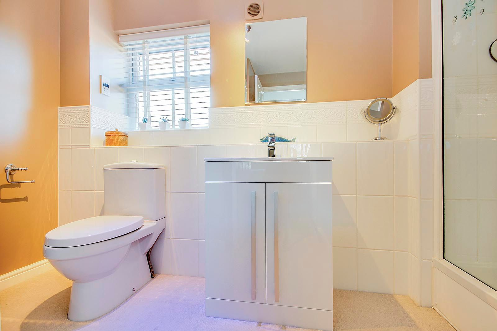 5 bed house for sale in Rowan Way  - Property Image 16