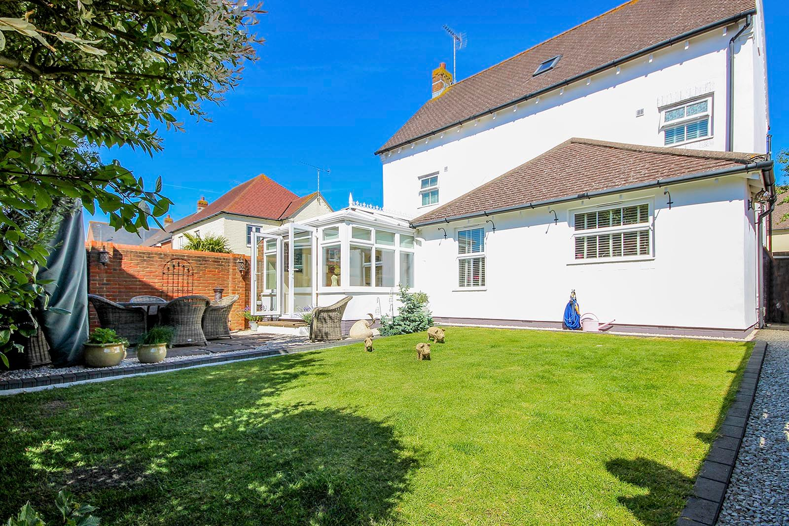 5 bed house for sale in Rowan Way  - Property Image 21