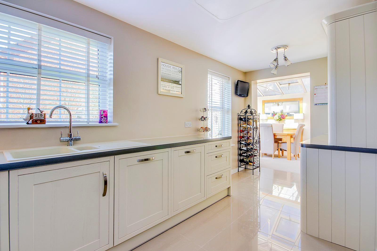 5 bed house for sale in Rowan Way  - Property Image 23
