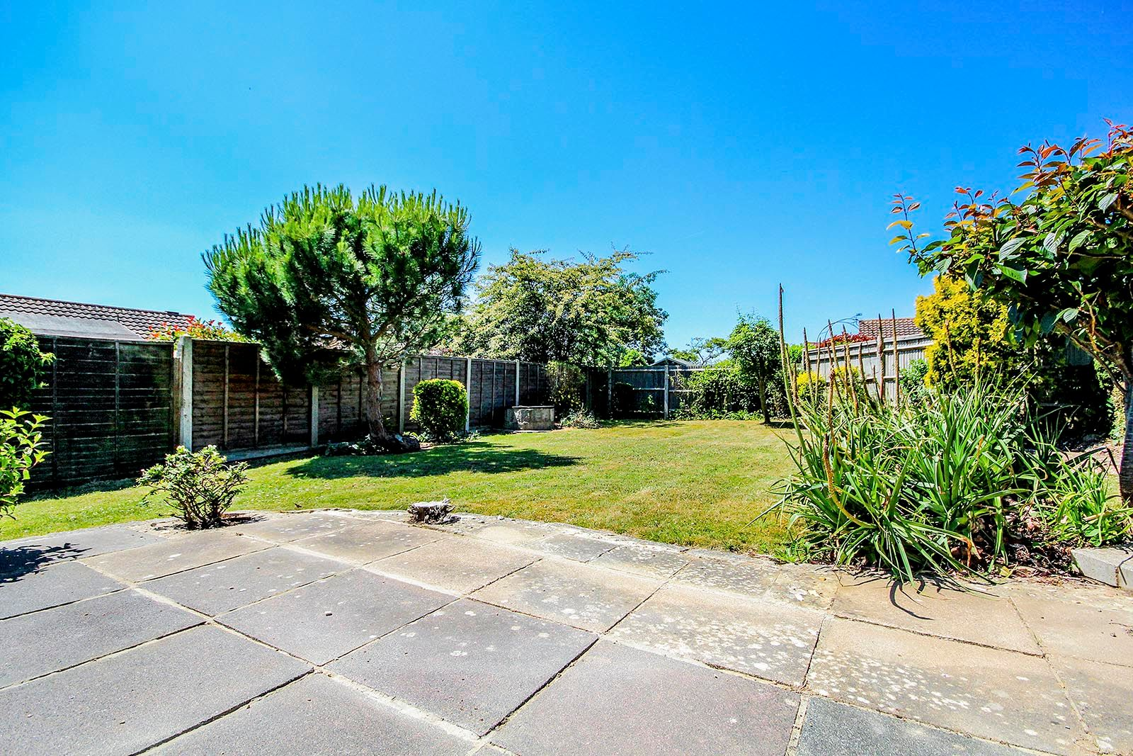 3 bed bungalow for sale in Greenacres Ring COMP SEPT 19  - Property Image 17