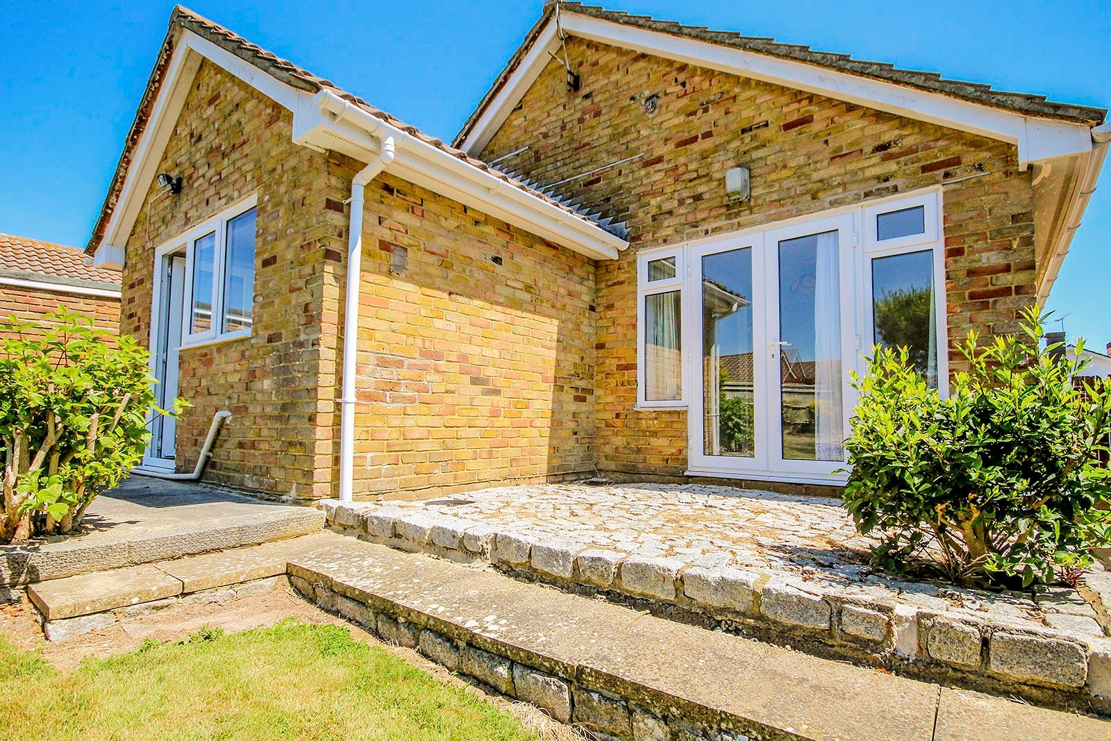 3 bed bungalow for sale in Greenacres Ring COMP SEPT 19  - Property Image 18