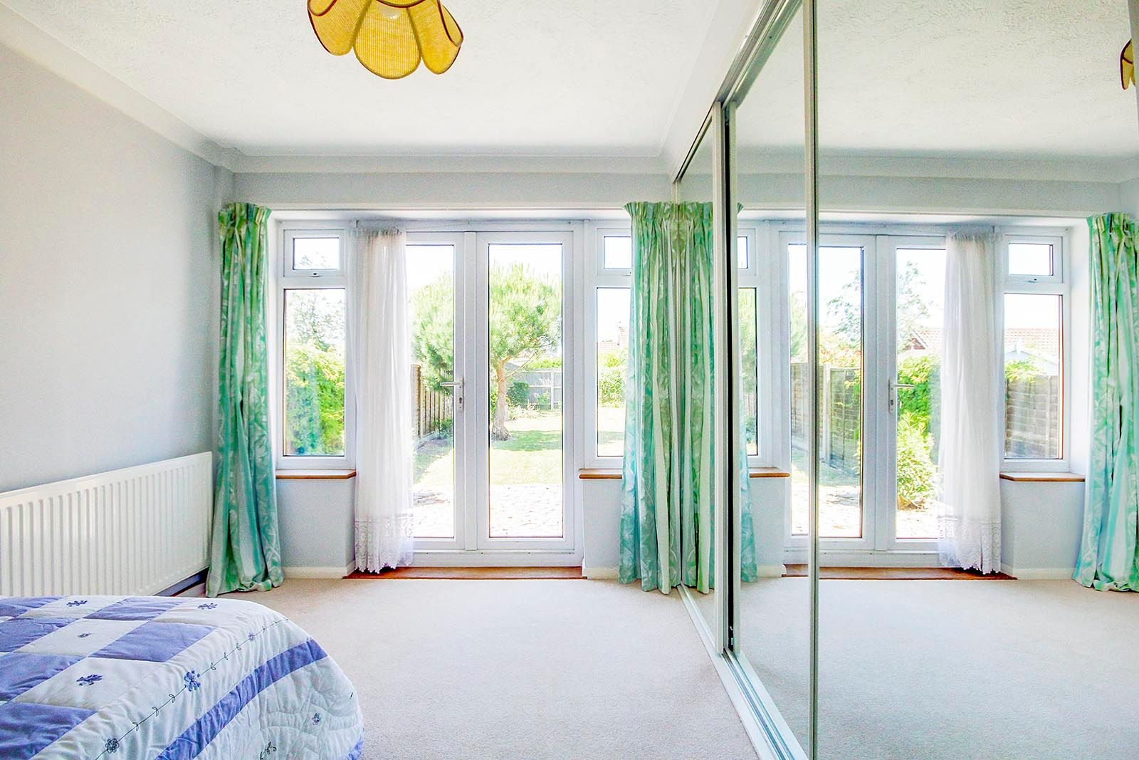 3 bed bungalow for sale in Greenacres Ring COMP SEPT 19 6