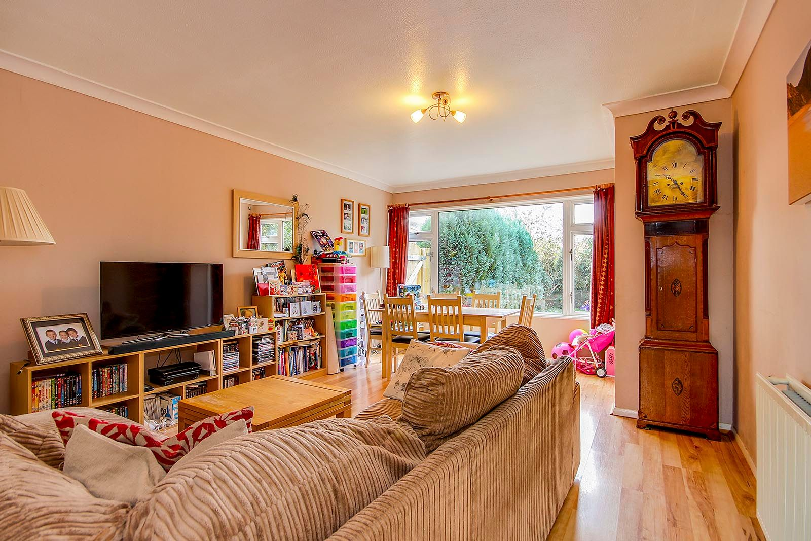 3 bed house for sale in Meadowside  - Property Image 2