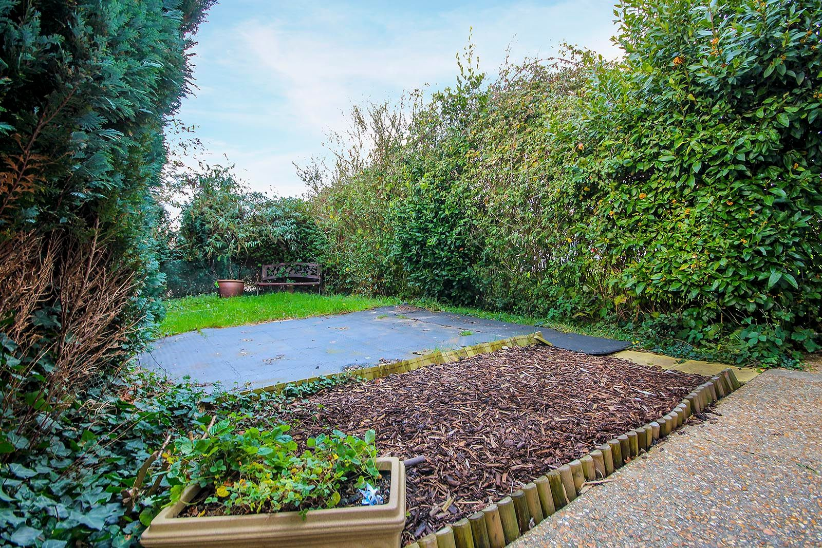 3 bed house for sale in Meadowside 8