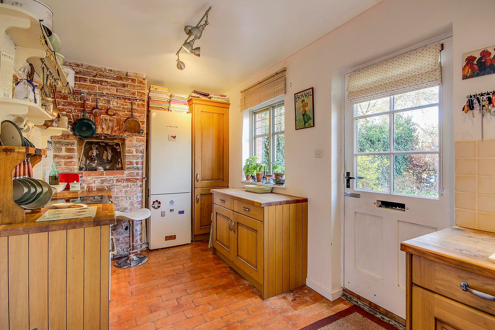 2 bed house for sale in The Street (COMP JULY 19) 13