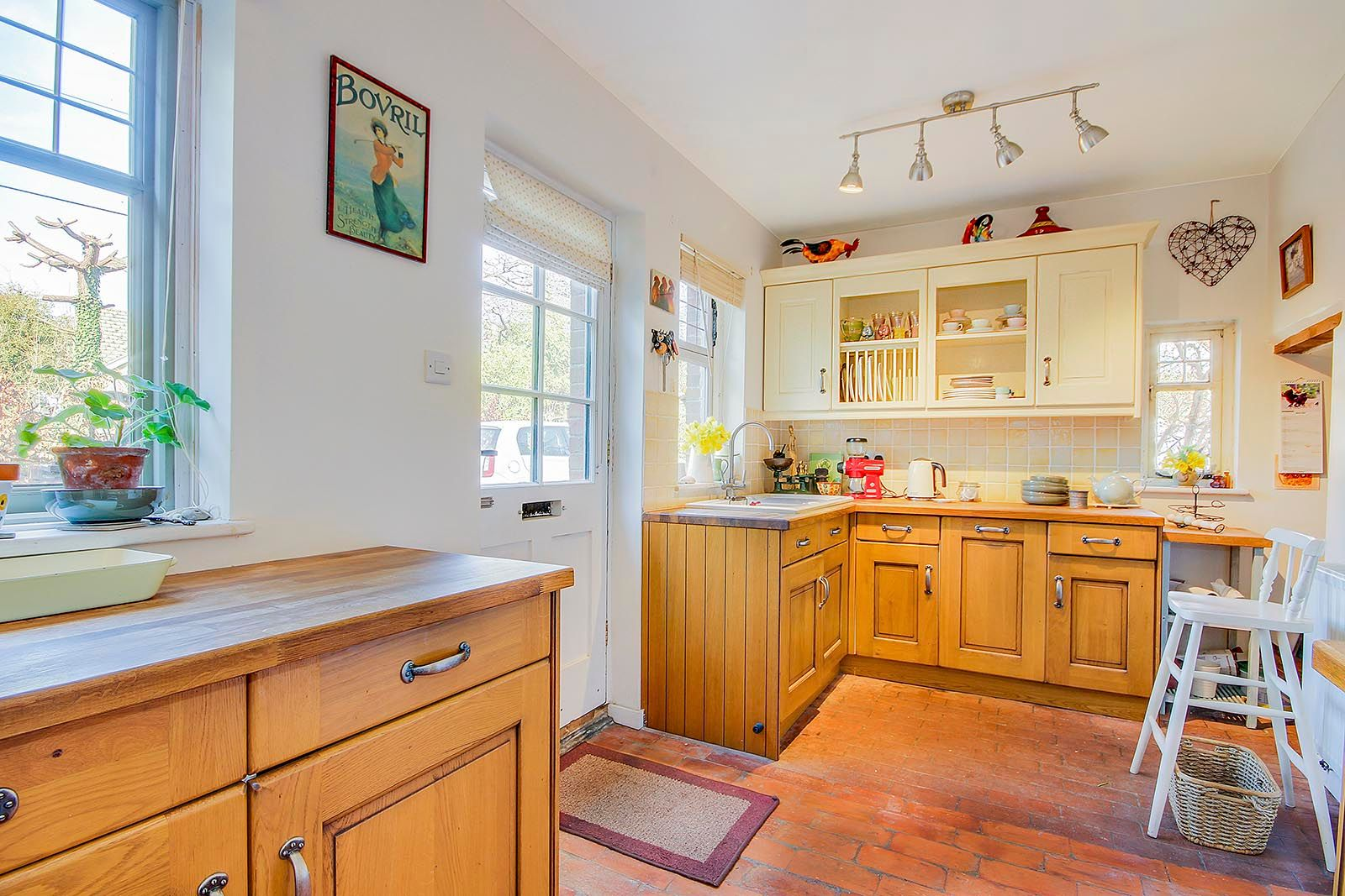2 bed house for sale in The Street (COMP JULY 19) 4