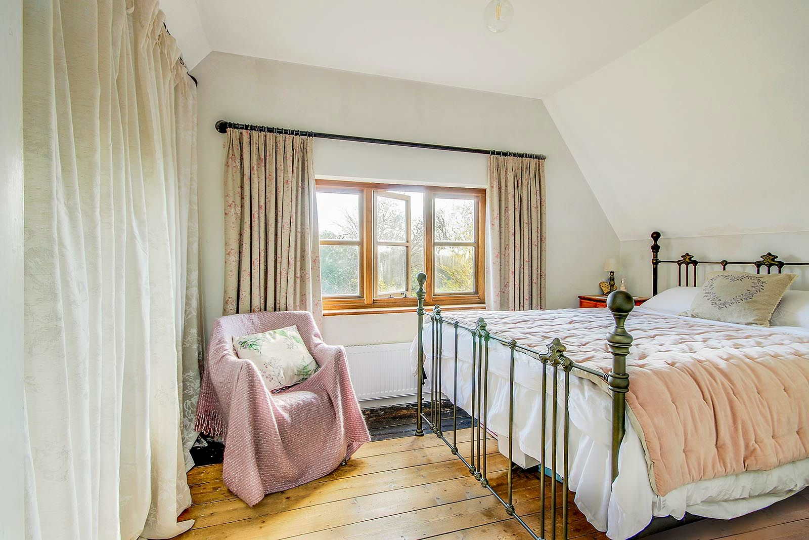2 bed house for sale in The Street (COMP JULY 19)  - Property Image 5