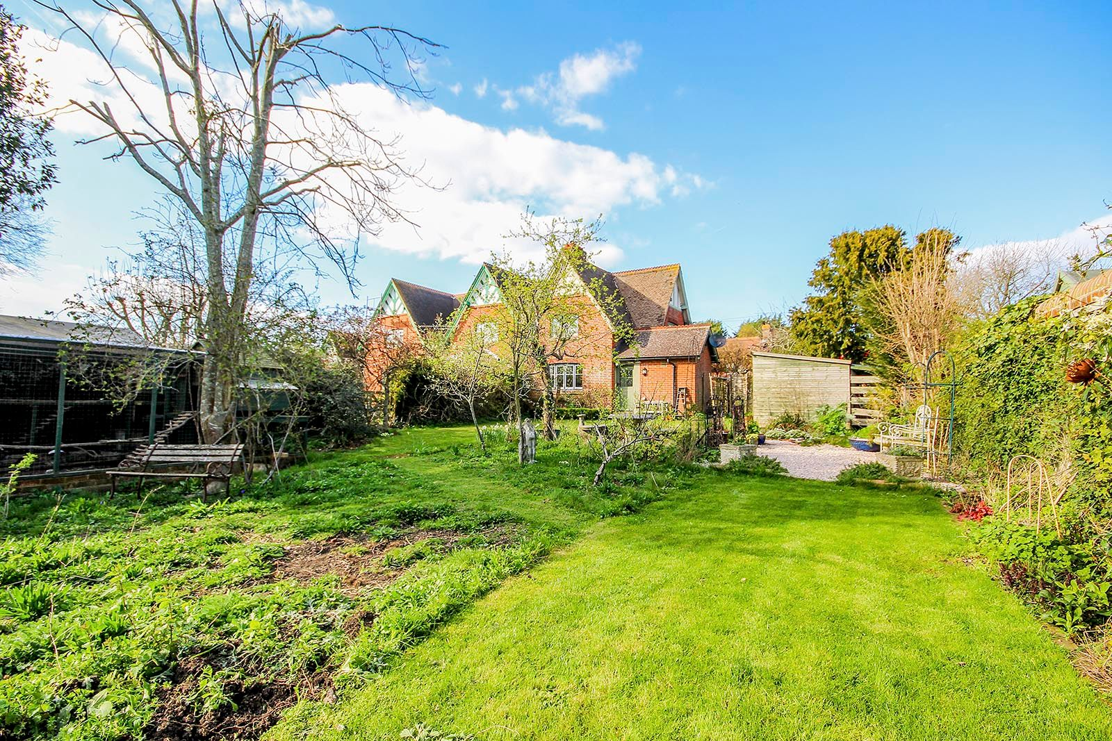 2 bed house for sale in The Street (COMP JULY 19)  - Property Image 8