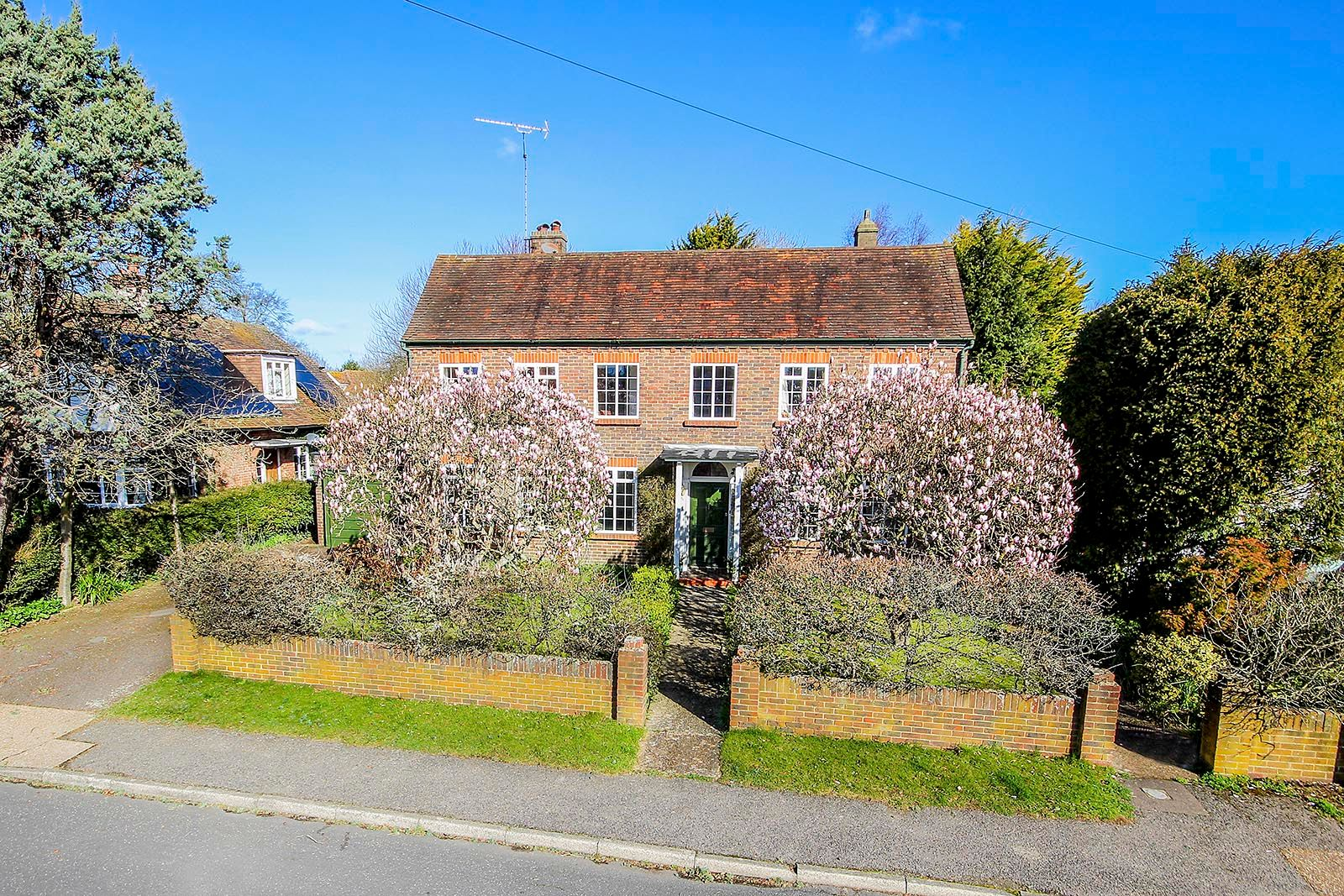 4 bed house for sale in Mill Road (COMP AUG 19) - Property Image 1
