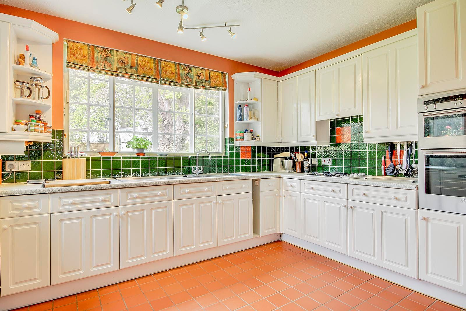 4 bed house for sale in Mill Road (COMP AUG 19) 12