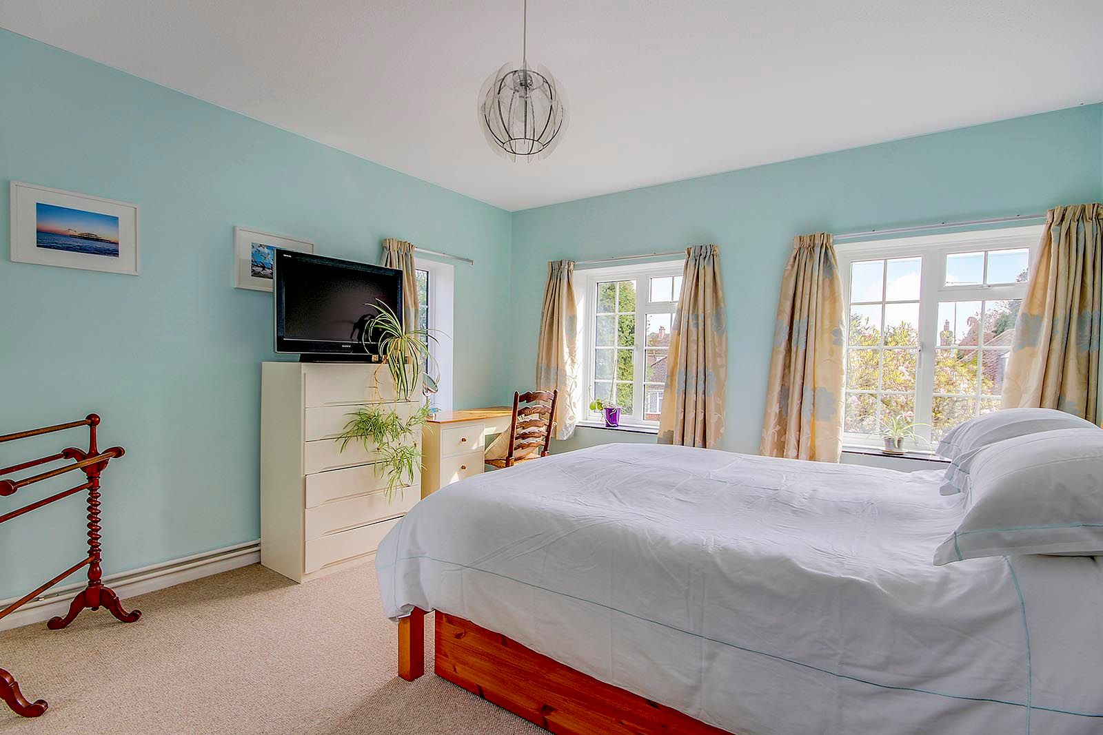 4 bed house for sale in Mill Road (COMP AUG 19) 22