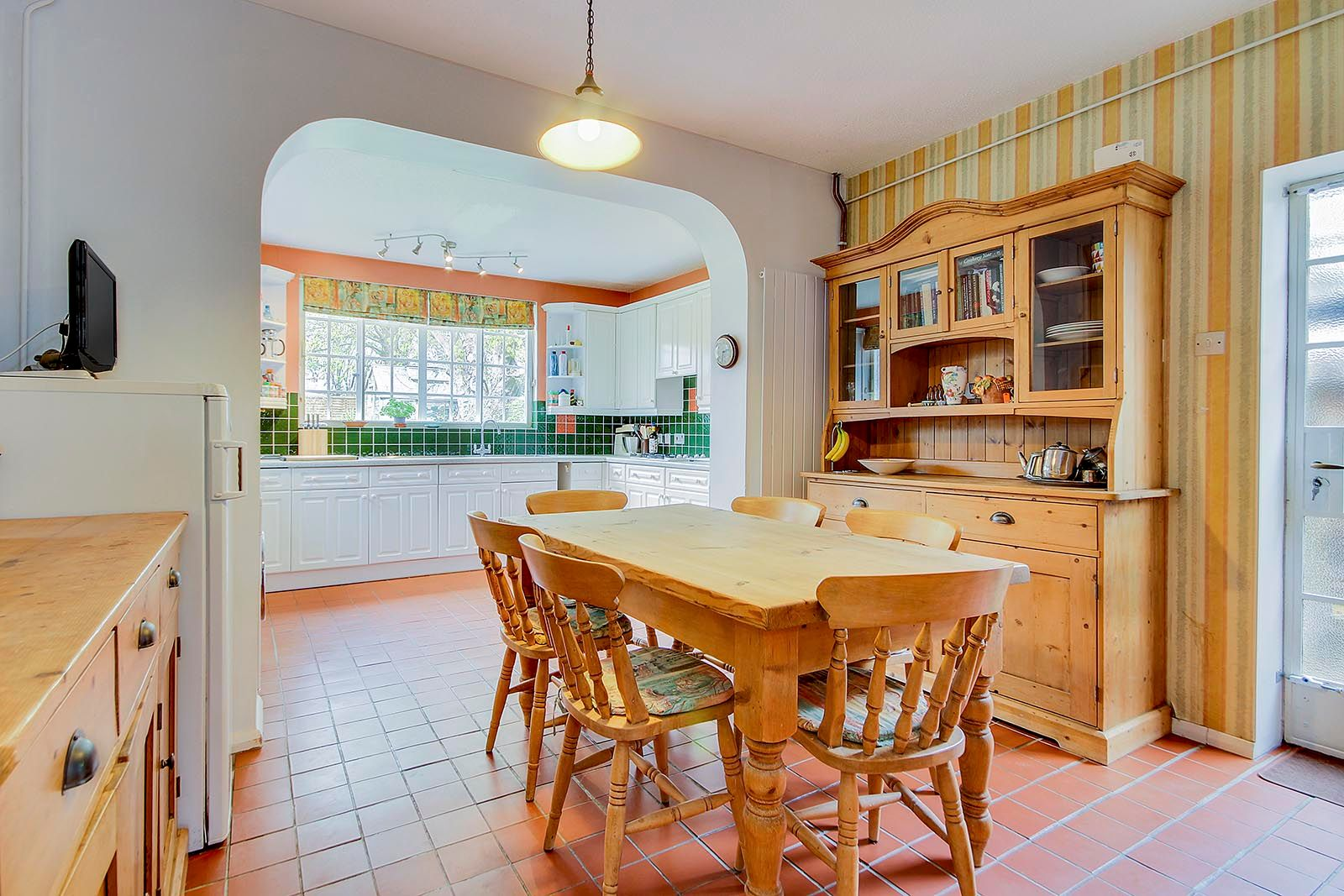 4 bed house for sale in Mill Road (COMP AUG 19)  - Property Image 6