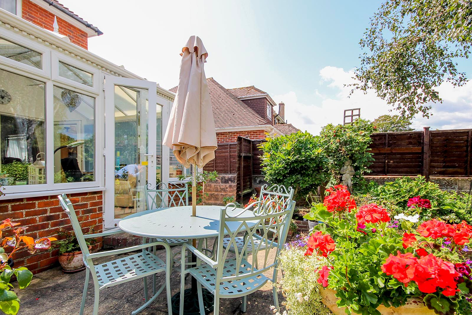 4 bed house for sale in Lavington Road  - Property Image 14