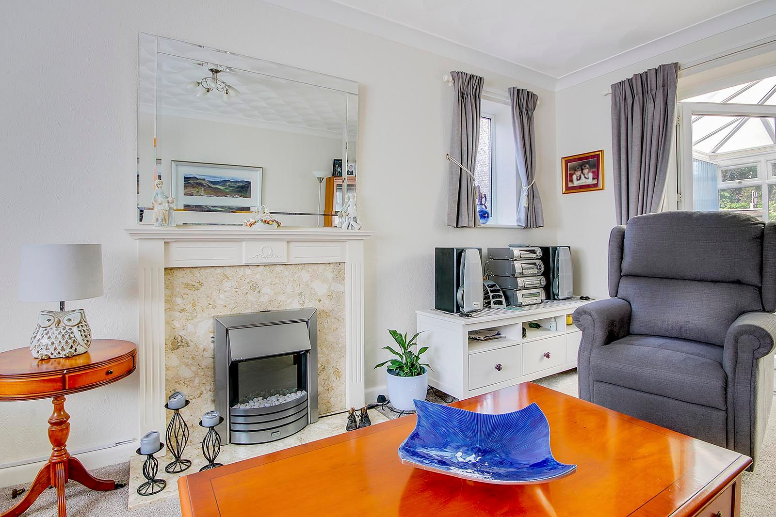 4 bed house for sale in Lavington Road 17