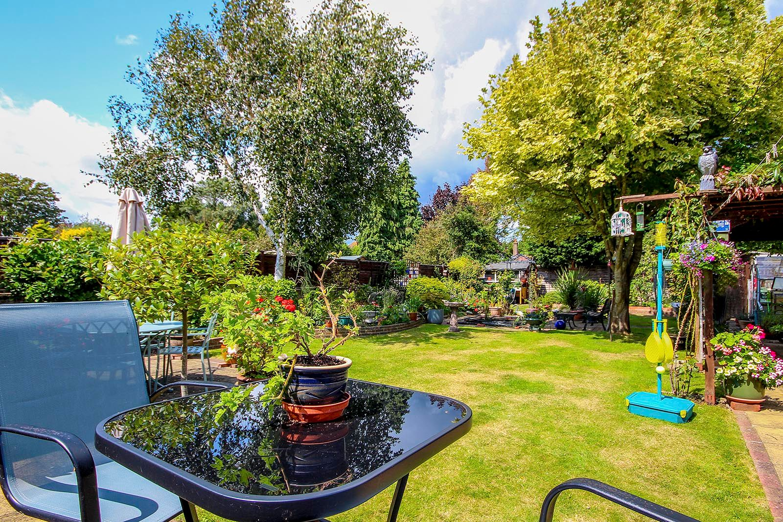 4 bed house for sale in Lavington Road  - Property Image 8
